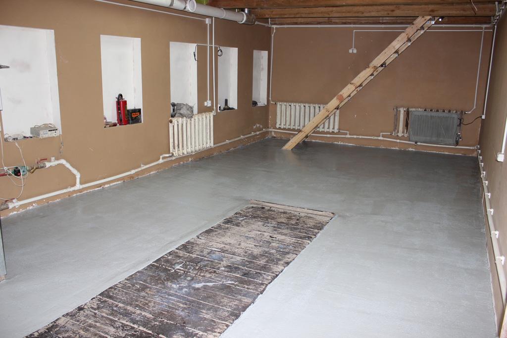 Завершающим этапом является бетонная стяжка