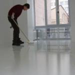 Мастика для приклейки линолеума к бетонному полу