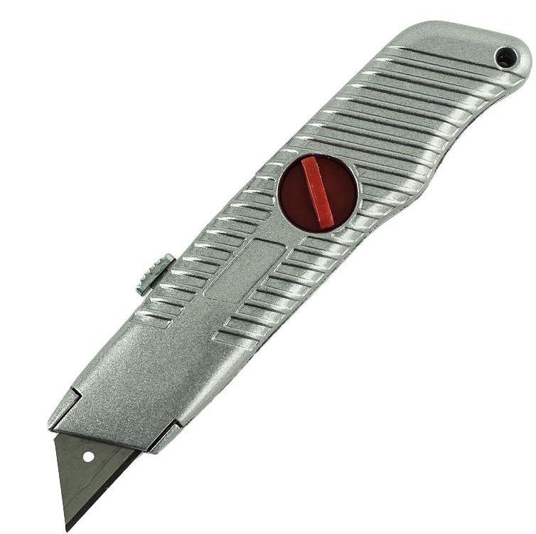 Нож 18 мм трапецивидное лезвие, обрезиненная полностью ручка