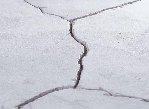 Ремонт дефектов стяжки пола