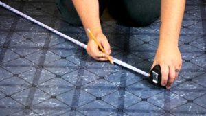 Как приклеить линолеум к полу