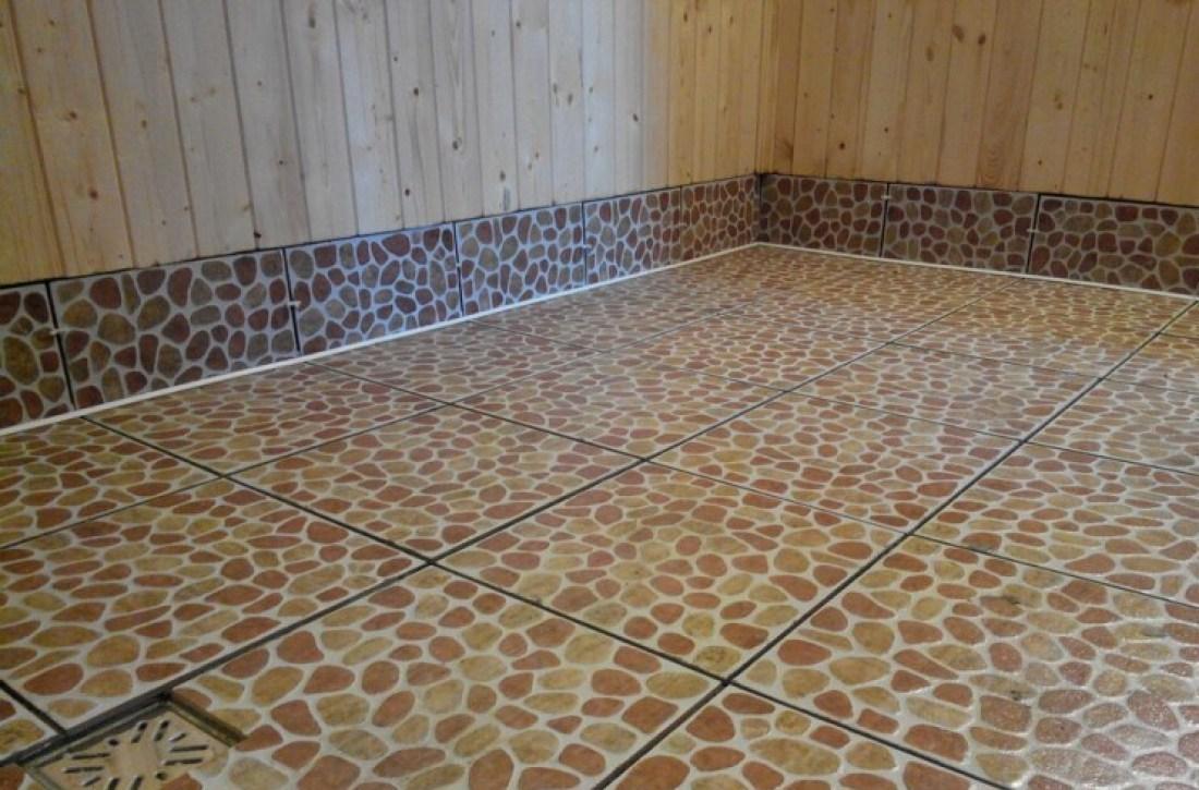 В бане плитка должна иметь нескользящую поверхность