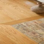 Плитка и ламинат на полу