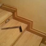 Отделка ламинатом лестницы