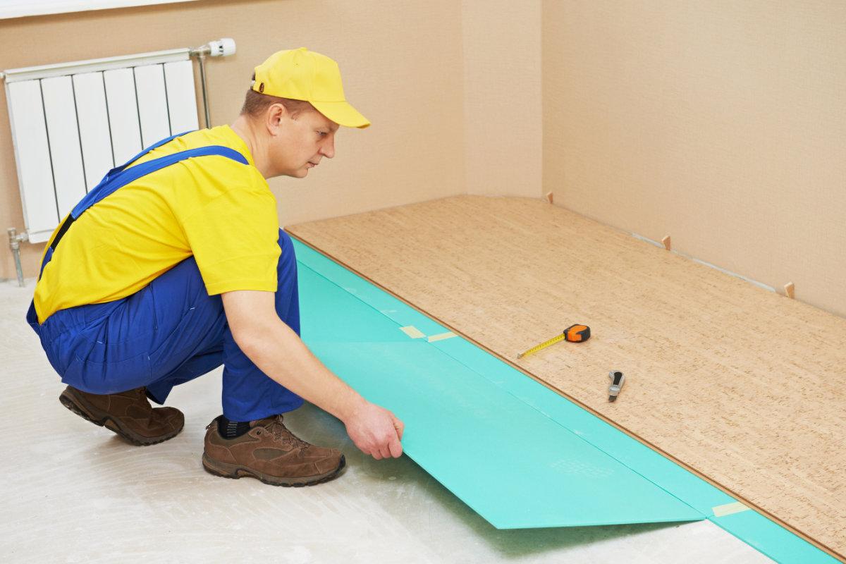 Как положить ламинат на бетонный пол - НашПол 87