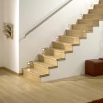Лестница отделаная ламинатом